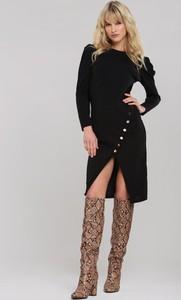 Czarna sukienka Renee z okrągłym dekoltem w stylu casual z długim rękawem