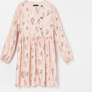 Różowa sukienka dziewczęca Reserved w kwiatki