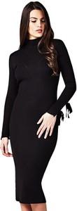 Czarna sukienka Guess dopasowana midi w stylu casual