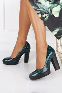 Zielone czółenka Maciejka w stylu glamour