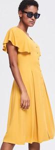 Żółta sukienka Reserved midi