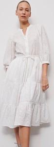 Sukienka Reserved z długim rękawem z dekoltem w kształcie litery v midi