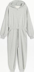 Sukienka Reserved midi w stylu casual z długim rękawem