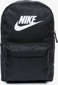 Granatowa torba sportowa Nike