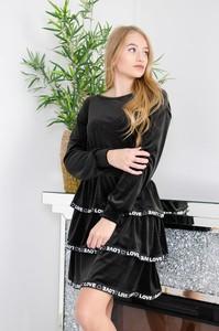 Czarna sukienka Olika mini z długim rękawem