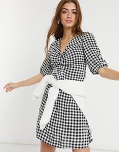 Sukienka New Look z dekoltem w kształcie litery v w stylu casual