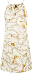 Sukienka NA-KD bez rękawów z żabotem w stylu casual