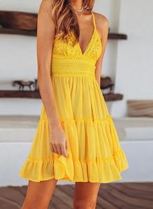 Sukienka Arilook z dekoltem w kształcie litery v mini na ramiączkach