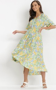 Miętowa sukienka born2be midi z krótkim rękawem z dekoltem w kształcie litery v
