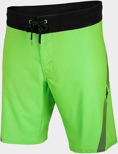Zielone spodenki 4F