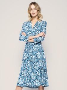 Niebieska sukienka Weekend Max Mara midi z długim rękawem rozkloszowana