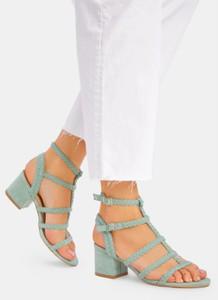 Miętowe sandały DeeZee z klamrami
