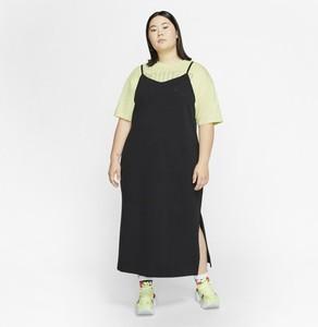 Sukienka Nike prosta z dżerseju