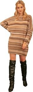 Sukienka Fobya z długim rękawem w stylu casual z golfem