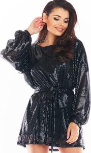 Sukienka Awama z długim rękawem z okrągłym dekoltem mini