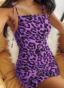 Sukienka Cikelly mini w stylu casual dopasowana