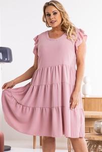 Różowa sukienka KARKO mini z tkaniny dla puszystych