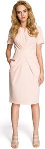 Różowa sukienka MOE z dekoltem w kształcie litery v z krótkim rękawem dopasowana