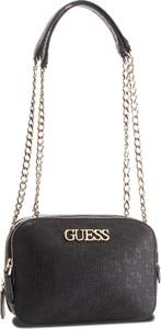 16a9fb334992e Czarna torebka Guess w stylu casual mała. Czarna torebka Guess na ramię