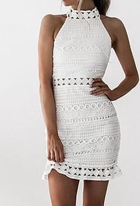 Sukienka Kendallme mini bez rękawów z okrągłym dekoltem