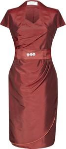 Czerwona sukienka Fokus midi