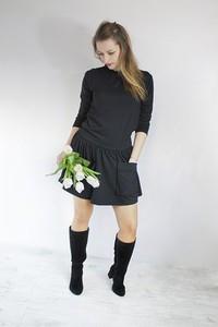 Sukienka Meleksima z długim rękawem midi