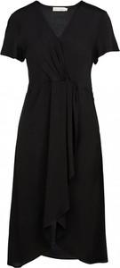 Czarna sukienka See u Soon z krótkim rękawem