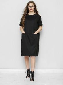 Czarna sukienka Freeshion z długim rękawem z bawełny z okrągłym dekoltem