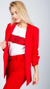 Czerwona marynarka Zoio bez zapięcia
