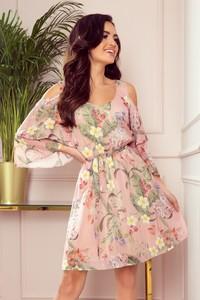 Różowa sukienka NUMOCO rozkloszowana z długim rękawem z szyfonu