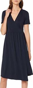 Granatowa sukienka amazon.de z krótkim rękawem midi z dekoltem w kształcie litery v