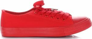 Czerwone trampki Ideal Shoes sznurowane