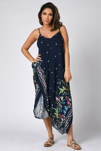 Sukienka Plus Size Company z dekoltem w kształcie litery v na ramiączkach