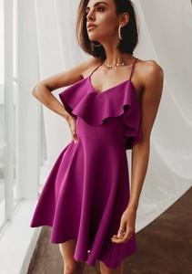 Sukienka Latika na ramiączkach trapezowa