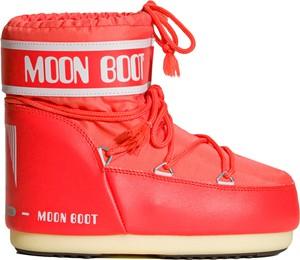 Czerwone śniegowce Moon Boot sznurowane