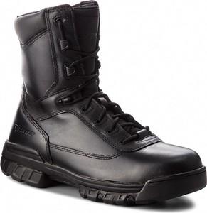 Czarne buty zimowe Bates w militarnym stylu ze skóry