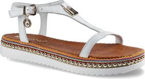 Sandały Carinii z klamrami ze skóry w stylu casual