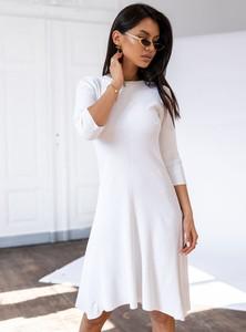 Sukienka SELFIEROOM z okrągłym dekoltem w stylu casual z długim rękawem