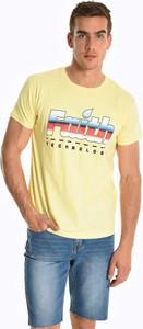 Żółty t-shirt Gate z bawełny z krótkim rękawem z nadrukiem