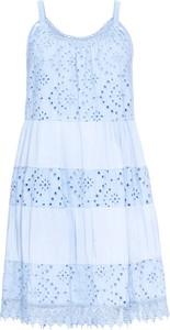 Błękitna sukienka bonprix BODYFLIRT z okrągłym dekoltem w stylu casual na ramiączkach