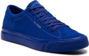 Tenisówki TOMMY HILFIGER - Corporate Suede Sneaker FM0FM02090 Mazarine Blue 440