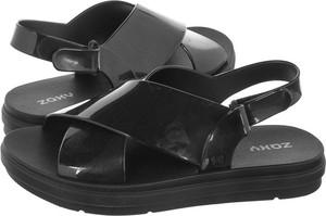 Czarne sandały Zaxy z płaską podeszwą