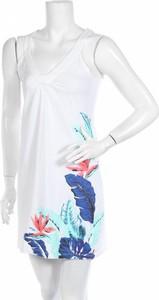 Sukienka Lola Liza w stylu casual z dekoltem w kształcie litery v na ramiączkach