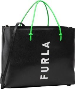 Czarna torebka Furla ze skóry