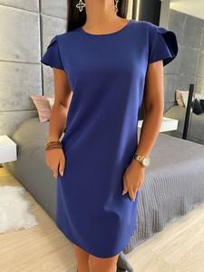 Niebieska sukienka ModnaKiecka.pl mini prosta z okrągłym dekoltem