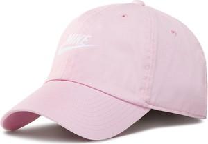 Różowa czapka eobuwie.pl