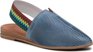 Niebieskie sandały Piazza w stylu casual z płaską podeszwą