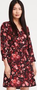 Sukienka Reserved mini w stylu casual z dekoltem w kształcie litery v