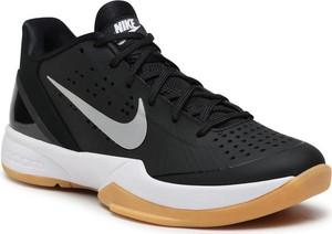Buty sportowe Nike zoom sznurowane z płaską podeszwą