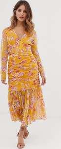 Sukienka Stevie May z dekoltem w kształcie litery v